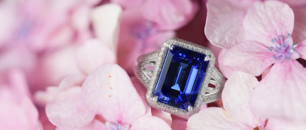 Enhance-Your-Gem's-Color-With-An-Emerald-Cut-3.jpg