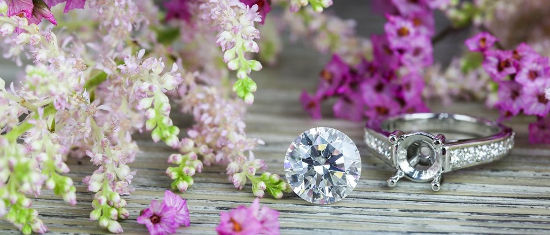 Pretty Awesome Loose Diamond Shot 1_.jpg