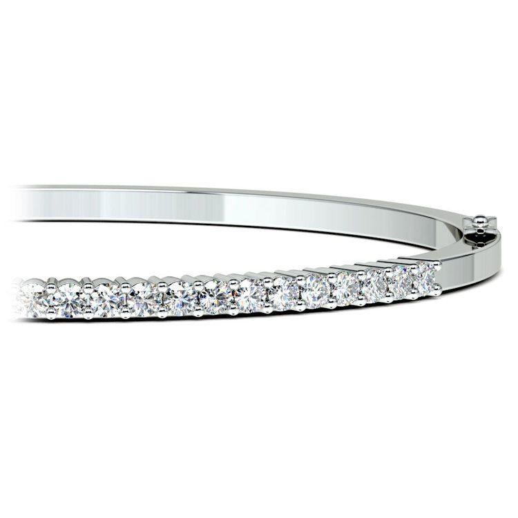 Diamond Bangle Bracelet in White Gold (1 1/2 ctw) | 01