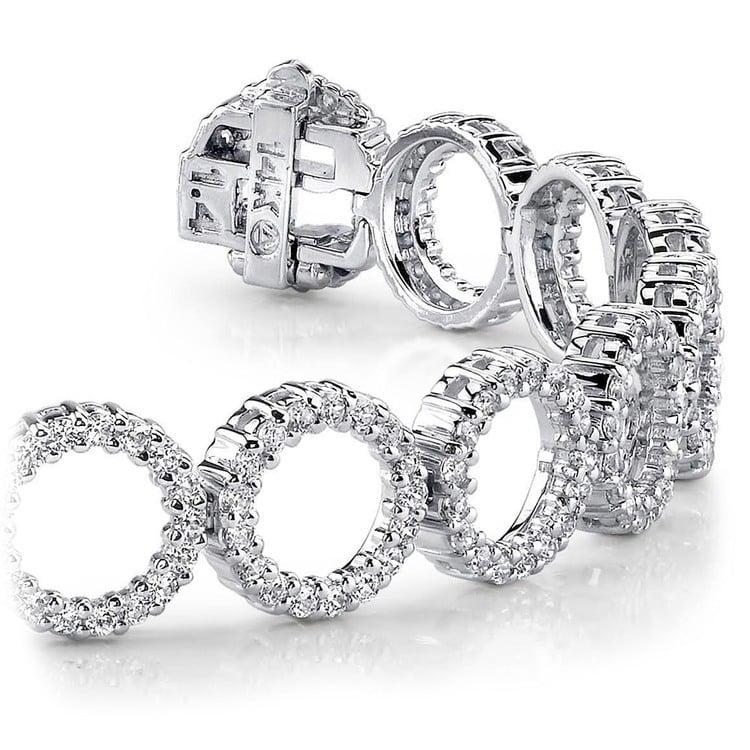 Circle Diamond Bracelet in White Gold (5 1/2 ctw) | 01