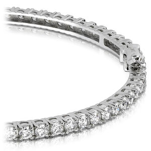 Diamond Eternity Bangle Bracelet in White Gold (2 1/2 ctw)