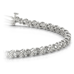 XO Diamond Link Bracelet in White Gold (3/8 ctw)