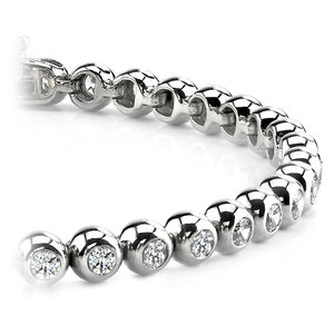 Modern Bezel Diamond Bracelet in White Gold (2 ctw)