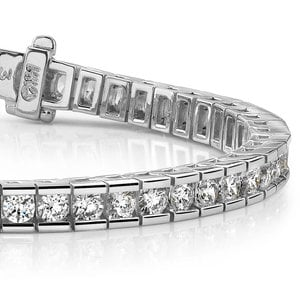 Round Channel Diamond Tennis Bracelet in White Gold (3 1/2 ctw)