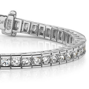 Round Channel Diamond Tennis Bracelet in White Gold (2 1/2 ctw)