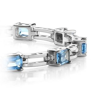 Swiss Blue Emerald-Cut Topaz Bracelet in White Gold (8 ctw)