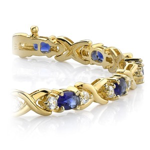 Twisted Diamond & Blue Sapphire Oval Gem Bracelet in Yellow Gold (9 ctw)