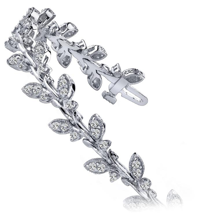 Vintage Leaf Diamond Bracelet in White Gold (2 ctw) | 02