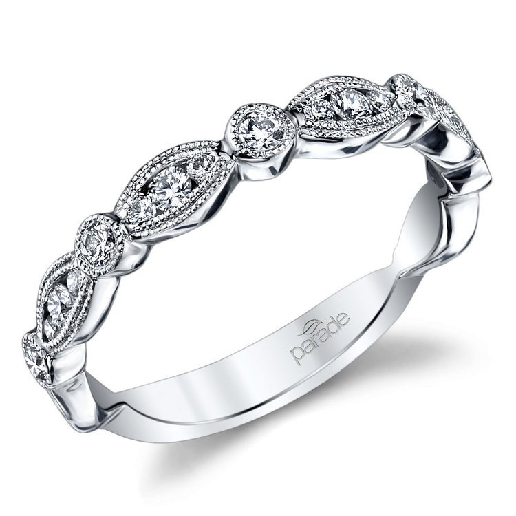 Classic Vintage Diamond Wedding Ring in White Gold by Parade | 01
