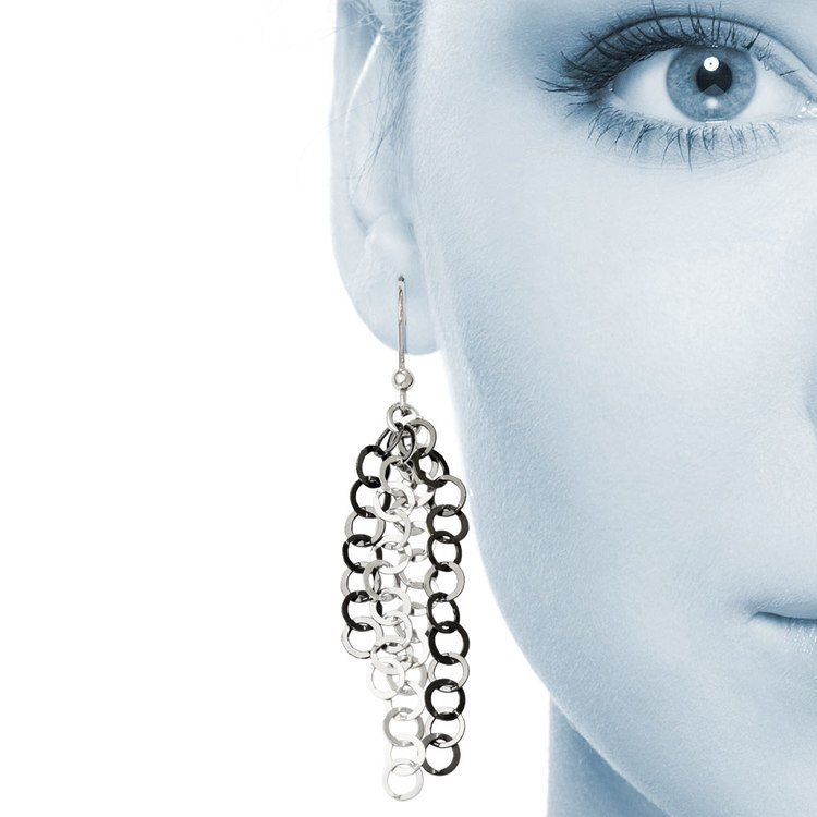 Circle Link Dangle Earrings with Blackened Finish in Silver | 04