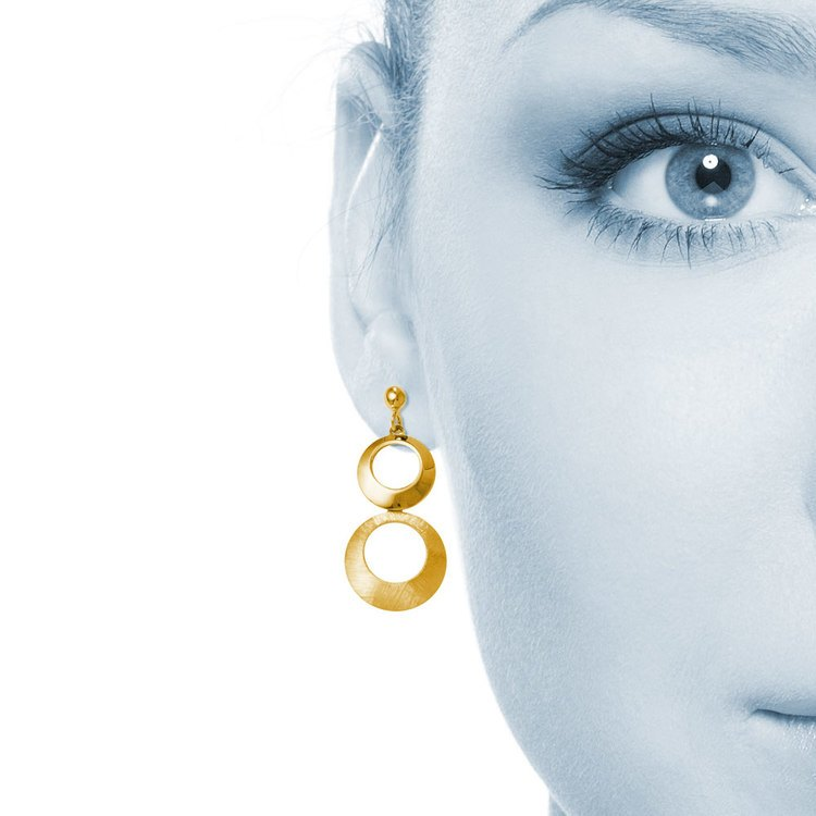 Circle Dangle Earrings with Mixed Finish in Yellow Gold | 04