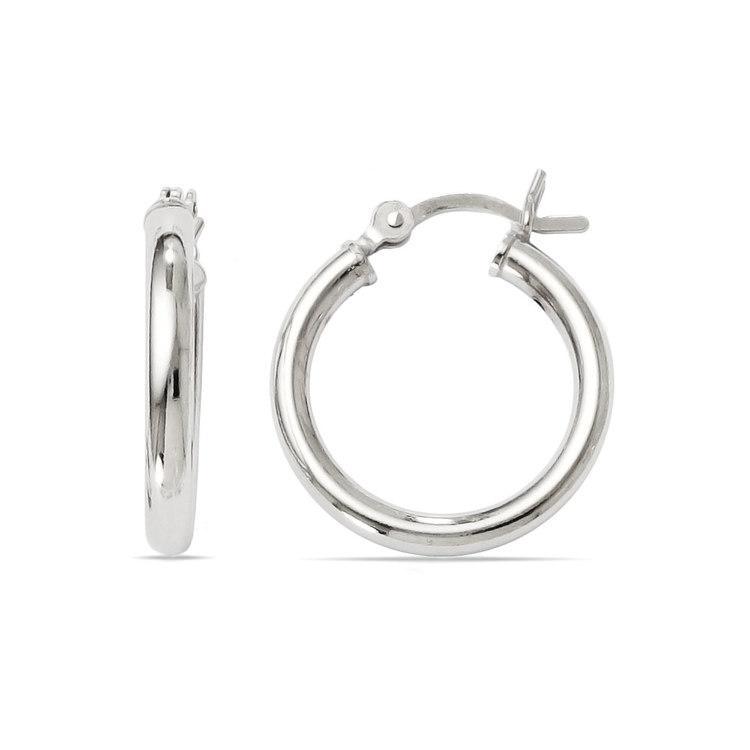 Classic Hoop Earrings in Silver (17 mm) | 01