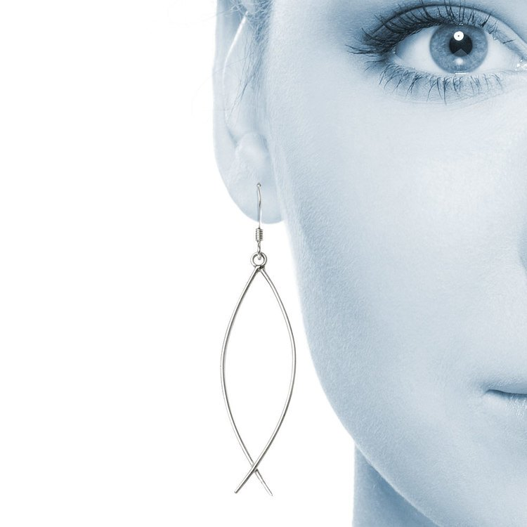 Curved Wire Dangle Earrings in Silver | 04