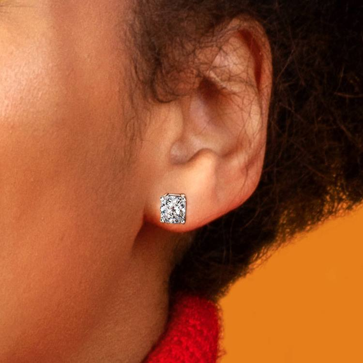Cushion Diamond Stud Earrings in White Gold (3 ctw)   04