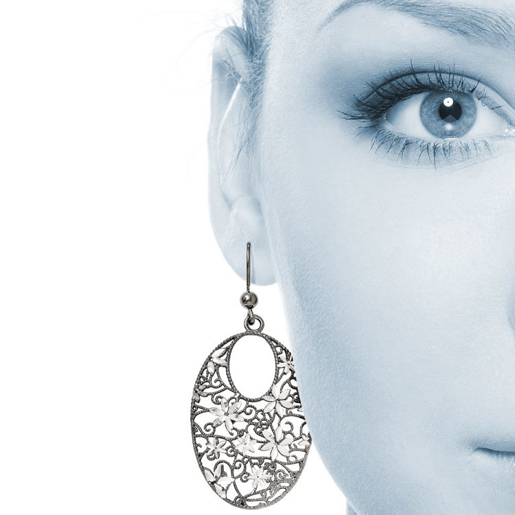 Floral Dangle Earrings with Blackened Filigree in Silver | 04