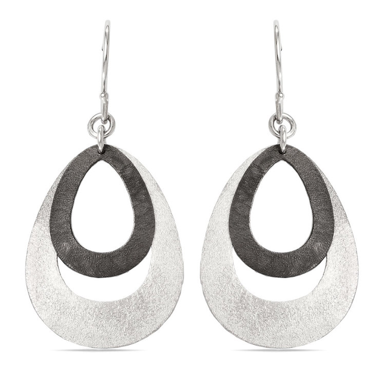 Textured Oval Dangle Earrings with Blackened Finish in Silver | 01