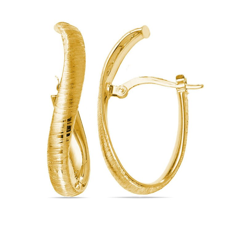 Textured Curved Hoop Earrings in Yellow Gold | 01