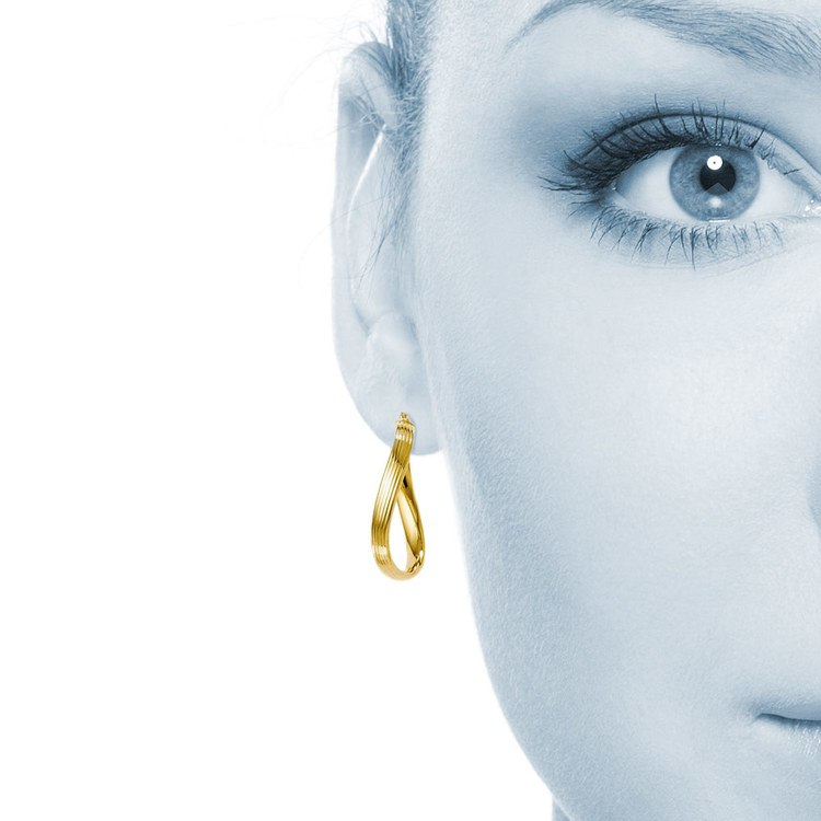 Twisted Groove Oval Hoop Earrings in Yellow Gold | 04