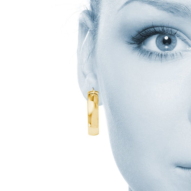 Wide Round Hoop Earrings in Yellow Gold (24 mm) | 04