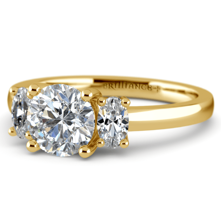 Oval Diamond Engagement Ring in Yellow Gold (1/2 ctw) | 04