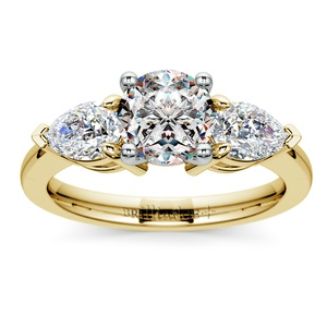 Pear Diamond Engagement Ring in Yellow Gold (3/4 ctw)