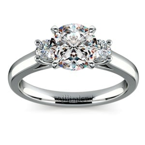 Round Diamond Engagement Ring in White Gold (1/4 ctw)