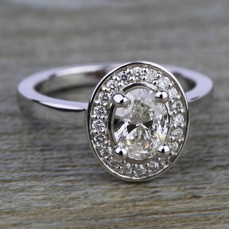 Halo Diamond Engagement Ring in Platinum (1/4 ctw)   05