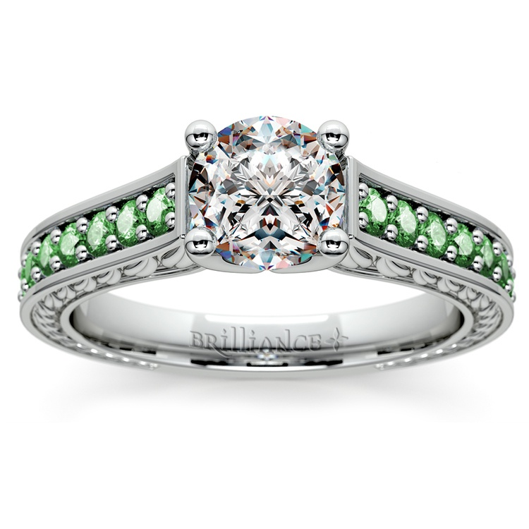 Antique Emerald Gemstone Engagement Ring in White Gold | 01