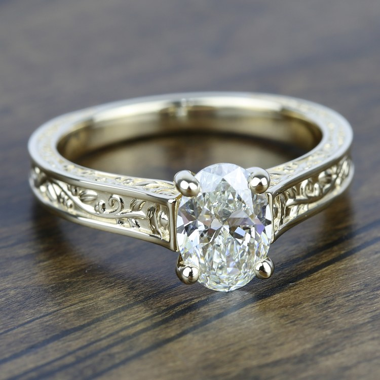 Antique Floral Solitaire Engagement Ring in Yellow Gold | 05