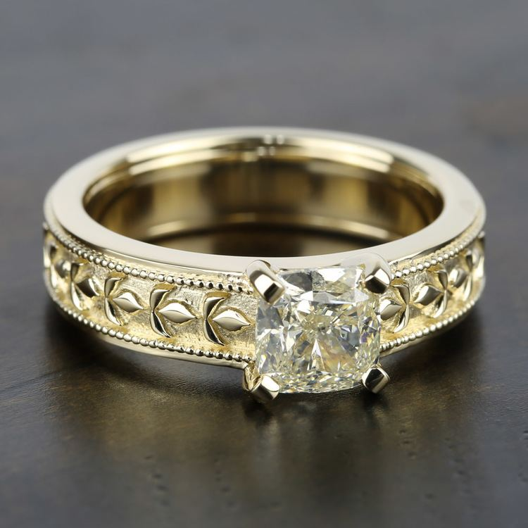 Antique Milgrain Solitaire Engagement Ring in Yellow Gold | 05