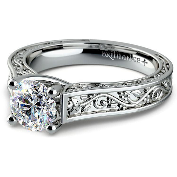 Antique Solitaire Engagement Ring in Platinum | 04