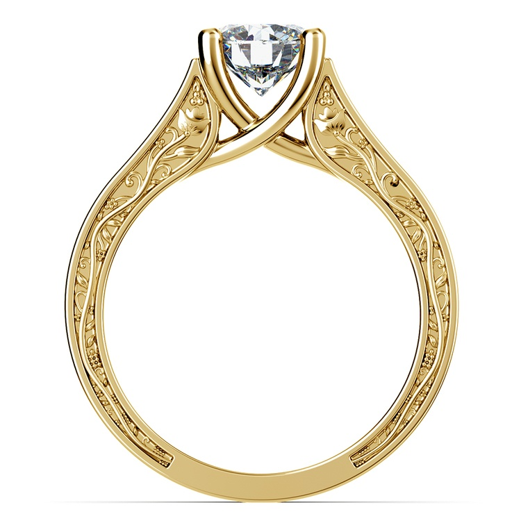 Antique Solitaire Engagement Ring in Yellow Gold | 02