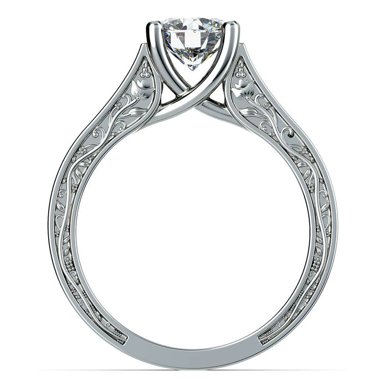 Antique Solitaire Engagement Ring in White Gold | 02
