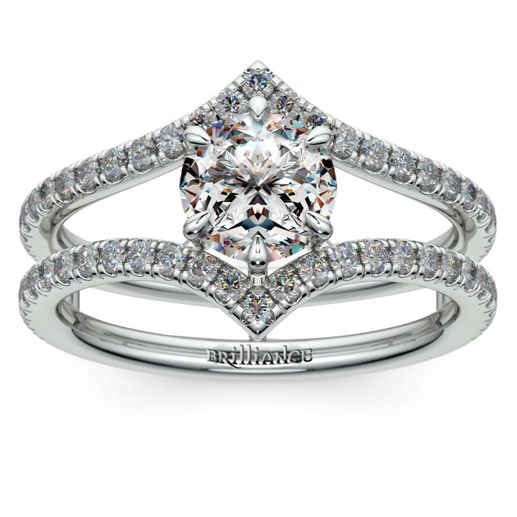 Art Nouveau Engagement Ring in Platinum | 01