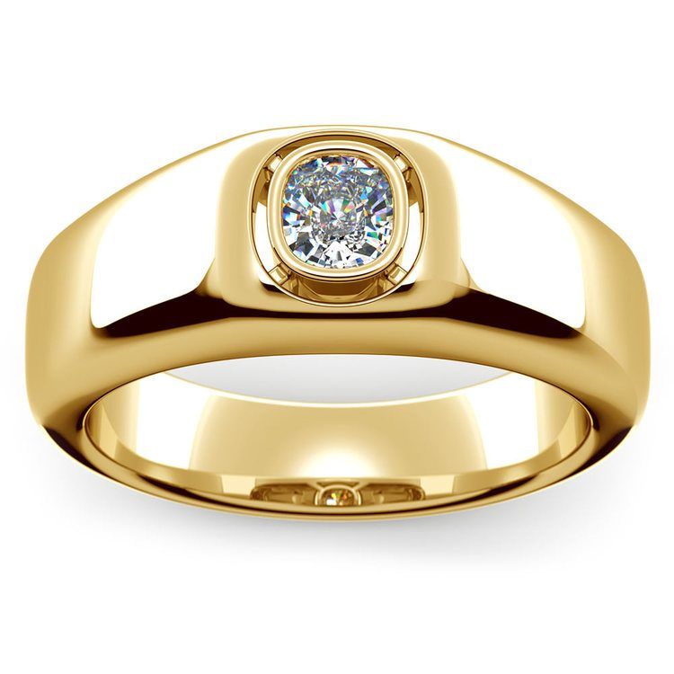 Atlas Cushion Solitaire Mangagement™ Ring in Yellow Gold (3/4 Ctw) | 02
