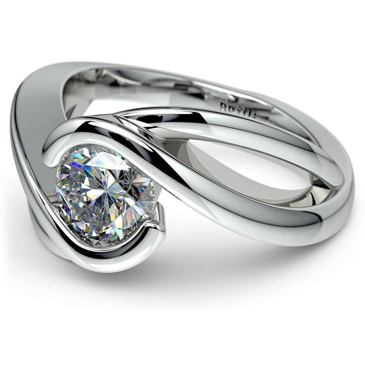 Bypass Solitaire Engagement Ring in White Gold | 04