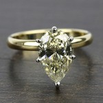 Classic Solitaire Engagement Ring in Yellow Gold | Thumbnail 05