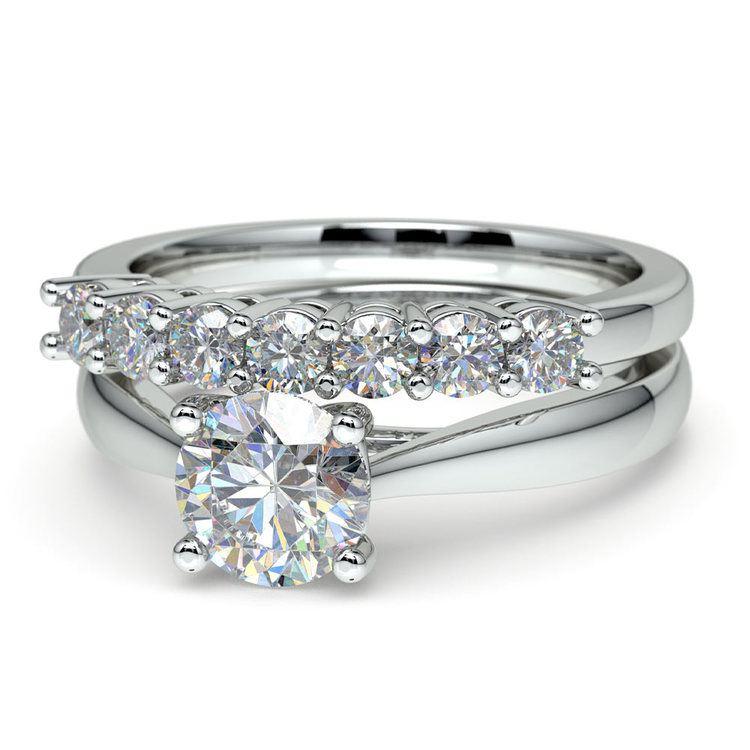 Classic Solitaire & Seven Diamond Bridal Set in Platinum   04