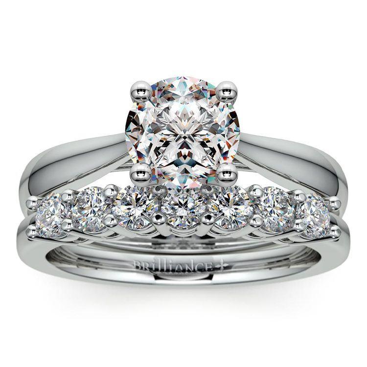 Classic Solitaire & Seven Diamond Bridal Set in White Gold | 01