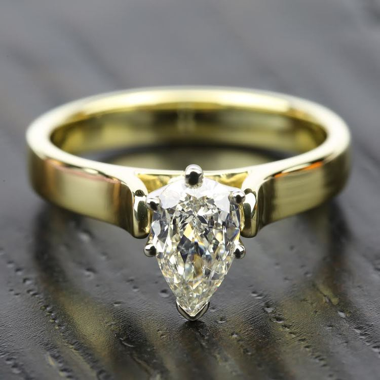 Contour Solitaire Engagement Ring in Yellow Gold   05