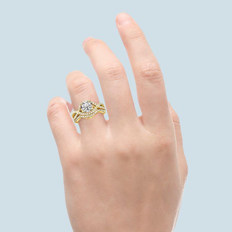 Cross Split Shank Bridal Set in Yellow Gold   06