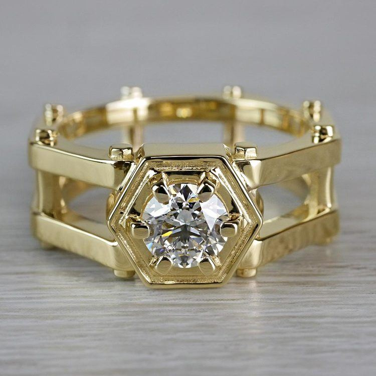 Daedalus Solitaire Mangagement™ Ring in Yellow Gold (1 ctw) | 05