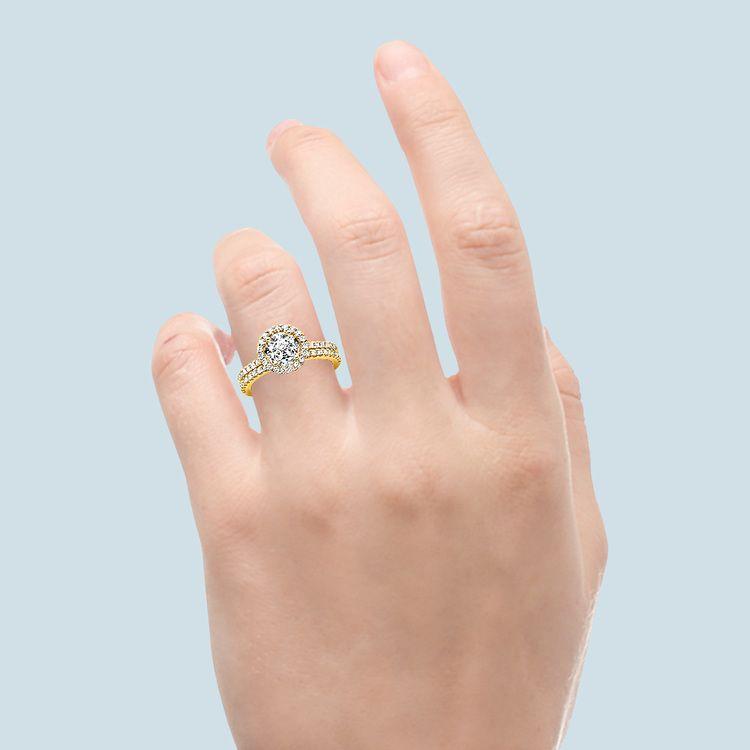 Diamond Halo Bridal Set In Yellow Gold   06