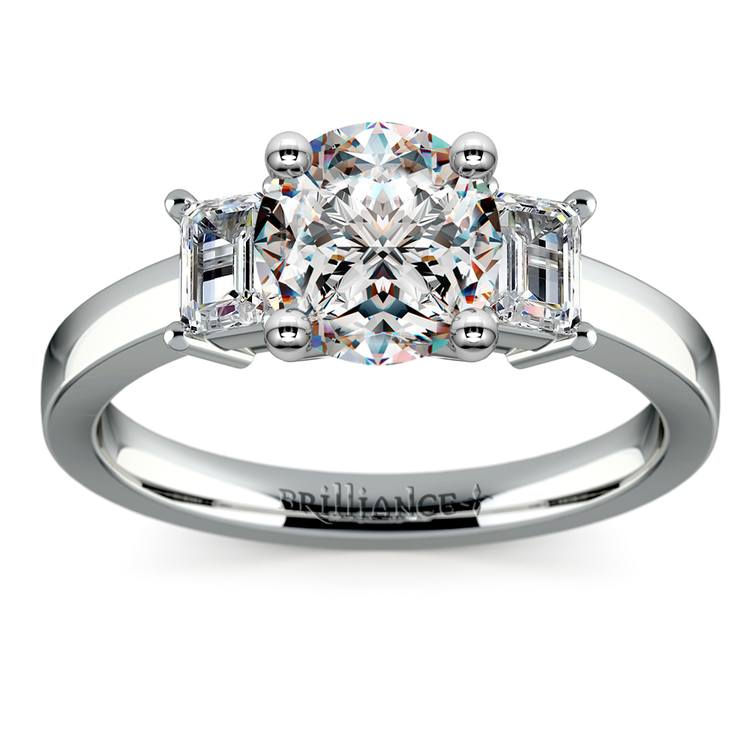 Emerald Diamond Engagement Ring in White Gold | 01