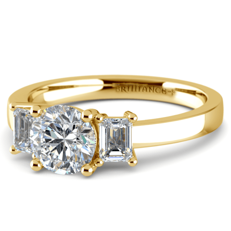 Emerald Diamond Engagement Ring in Yellow Gold | 04