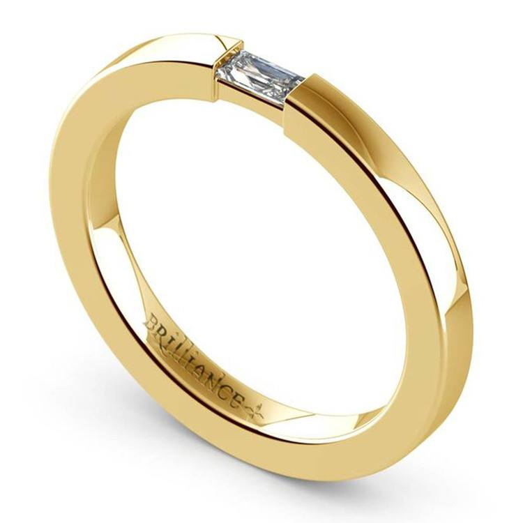 Men's Engagement Ring with Baguette Diamond in Yellow Gold | 02