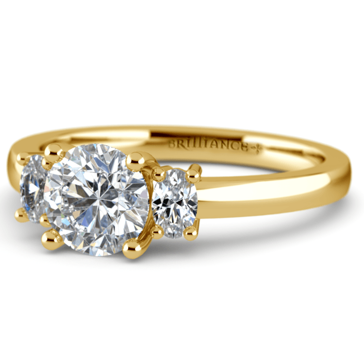 Oval Diamond Engagement Ring in Yellow Gold (1/3 ctw) | 04