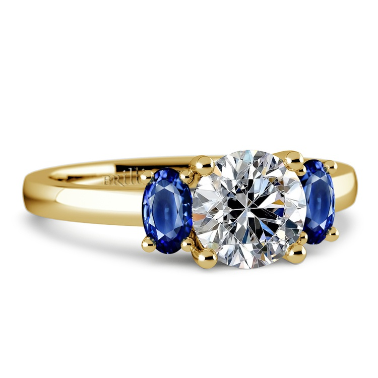 Oval Sapphire Gemstone Engagement Ring in Yellow Gold | 04