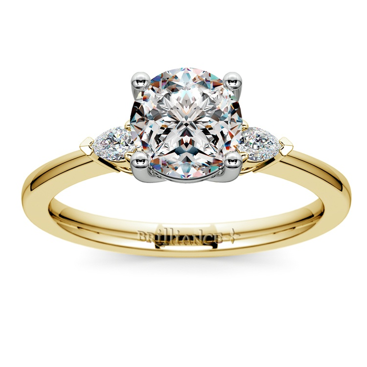 Pear Diamond Engagement Ring in Yellow Gold (1/4 ctw) | 01