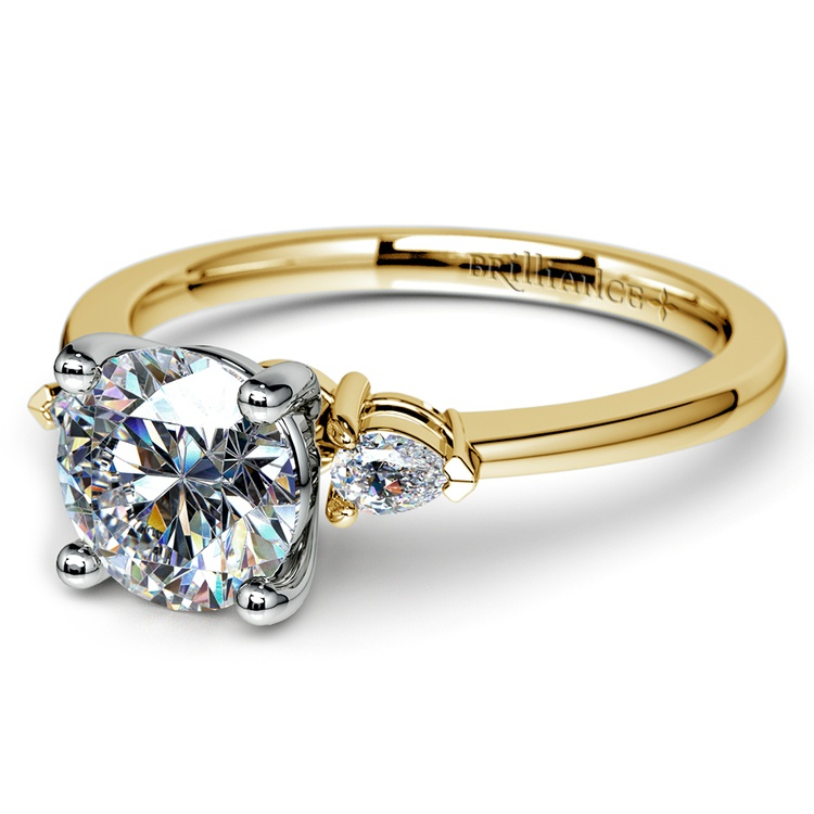 Pear Diamond Engagement Ring in Yellow Gold (1/4 ctw) | 04